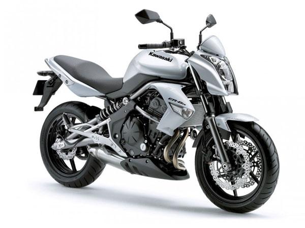 Kawasaki Motorrad-Verleih Teneriffa Kawasaki ER-6n 53 kW low seat