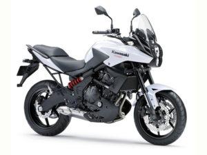Teneriffa Motorrad-Vermietung Kawasaki Versys low seat